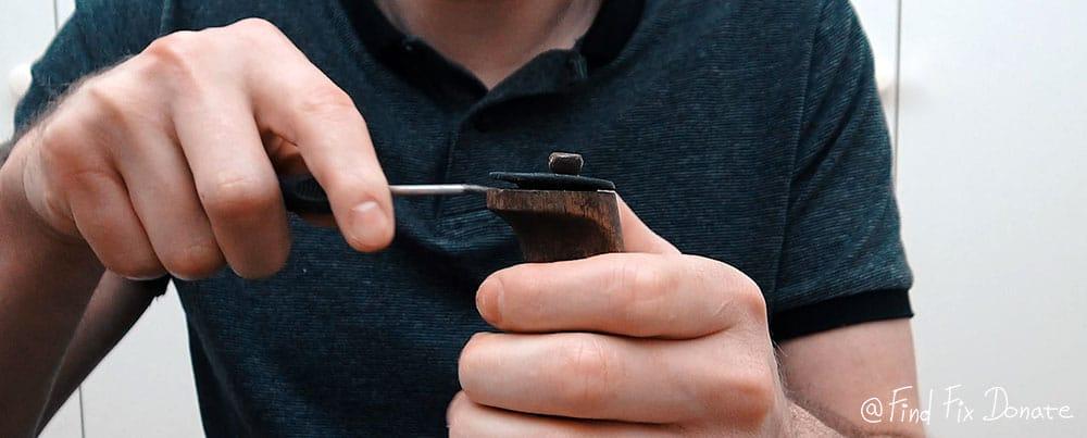 Old Finnish puukko knife disassembling