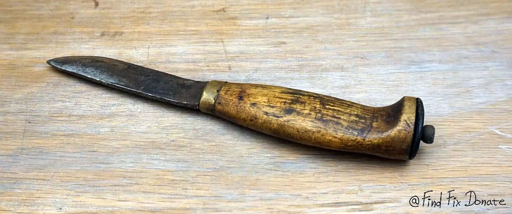 Old Finnish puukko knife ready for restoration