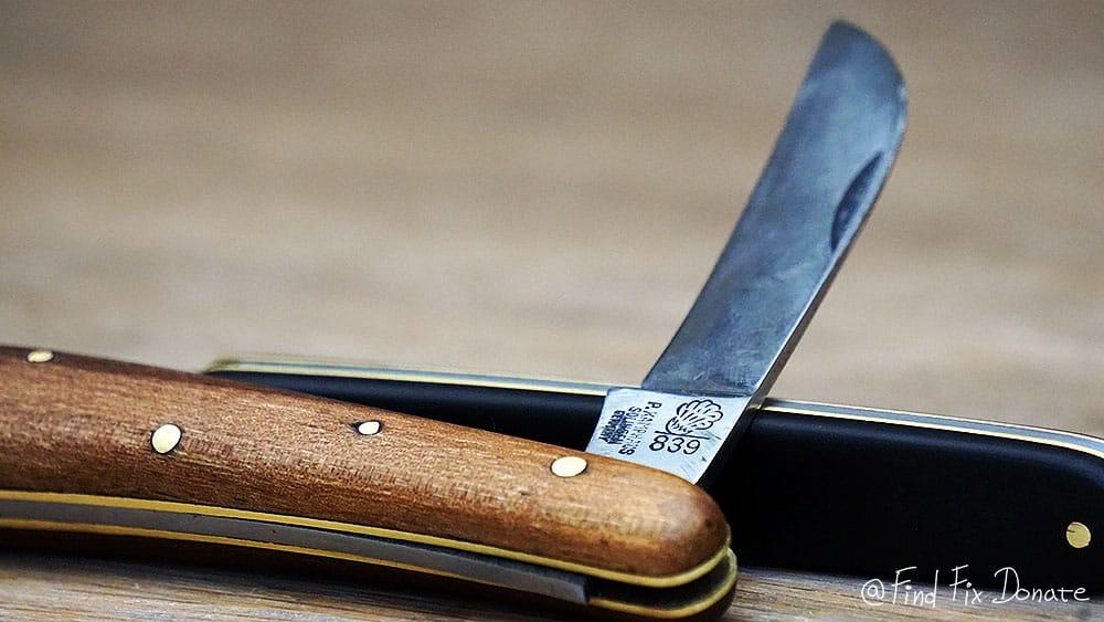 A detail of bigger pocket knife.