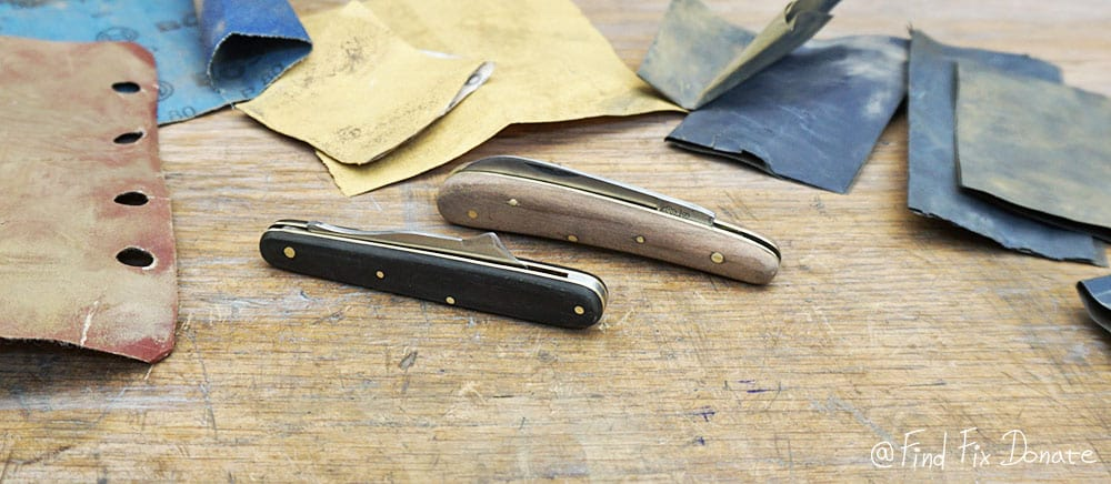 This is how pocket knives look after long sanding by hand.