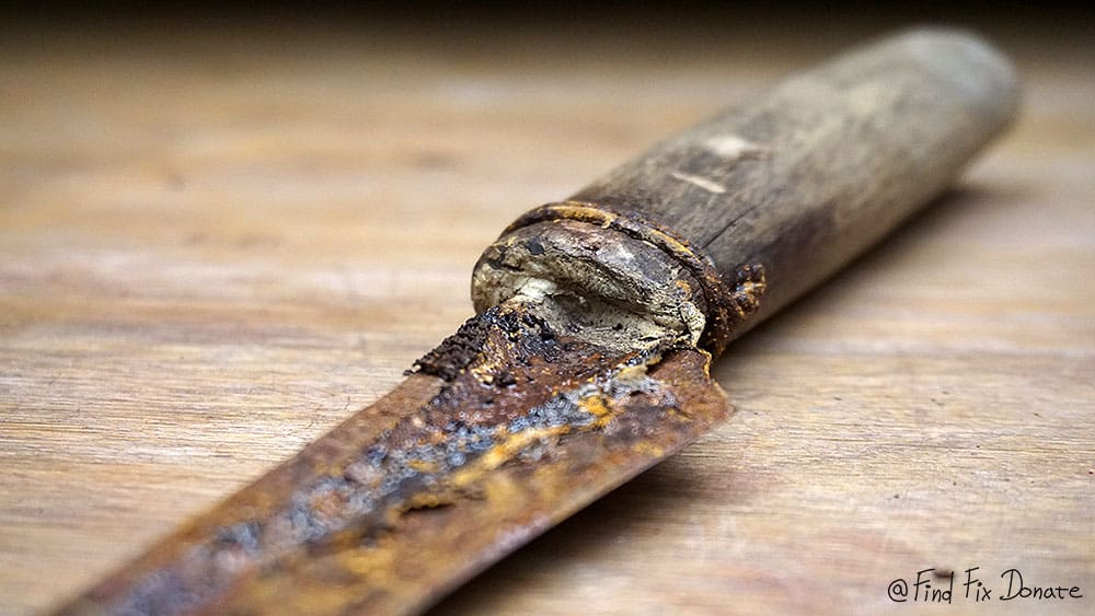 Old wicked knife before restoration.