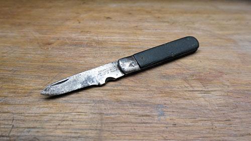 Old french pocket knife restoration.