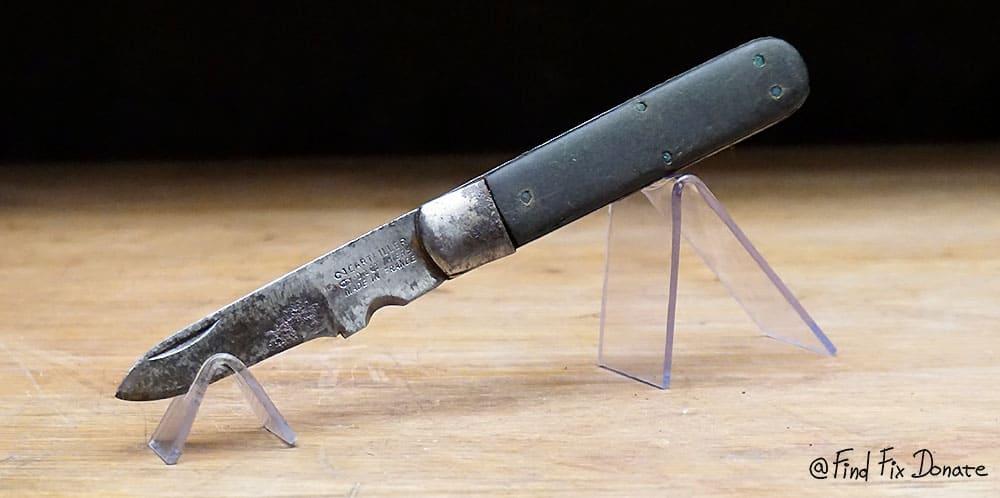 Old french pocket knife before restoration.