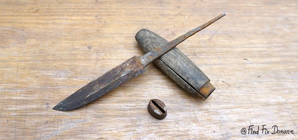 Disassembled old FMM knife.