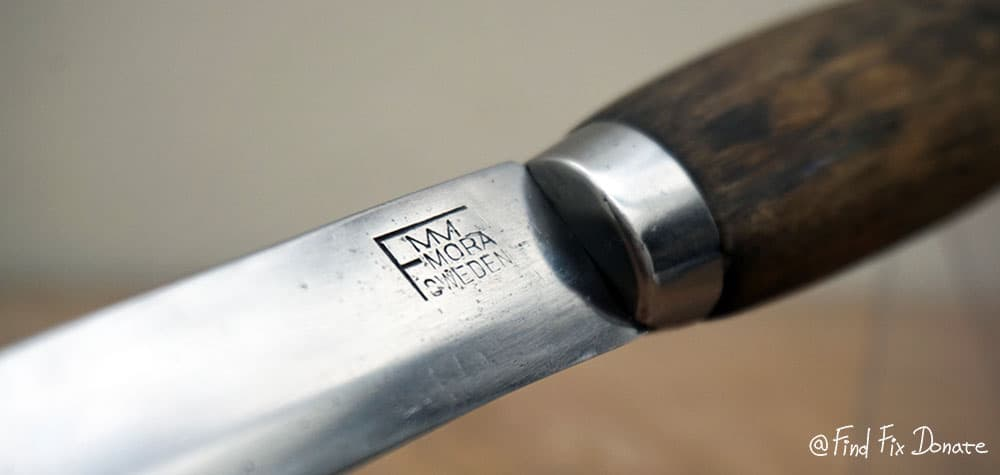 FMM stamp on the blade.