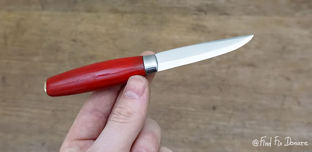 After the restoration, knife looks nice. Here is a good example of the size. It is really tiny.