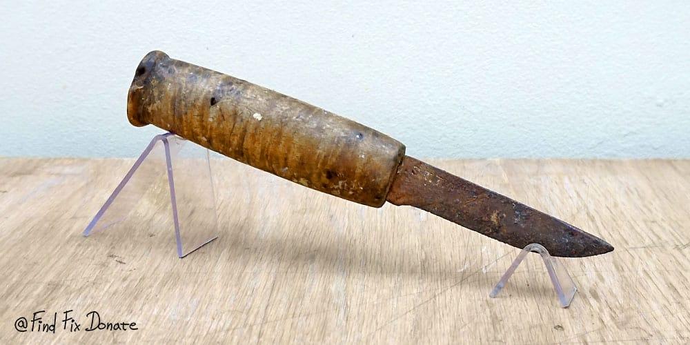 Old S.T.TINN knife before restoration.