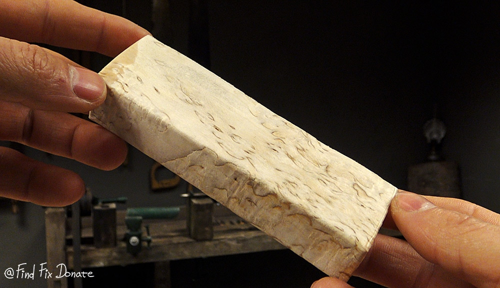 Curly birch wood - knife making.